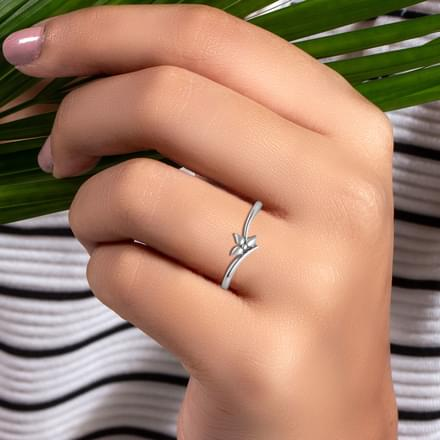 Amative Platinum Ring
