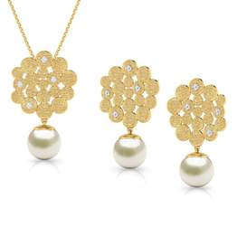 Honeycomb Pearl Drop Matching Set