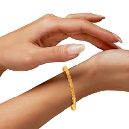 Jui Wave Gold Bangle