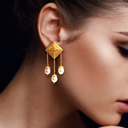 Floret Quad Gold Drop Earrings